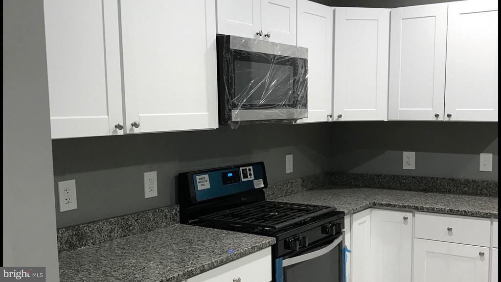 Kitchen - 7220 TAMO CT #1, LANDOVER