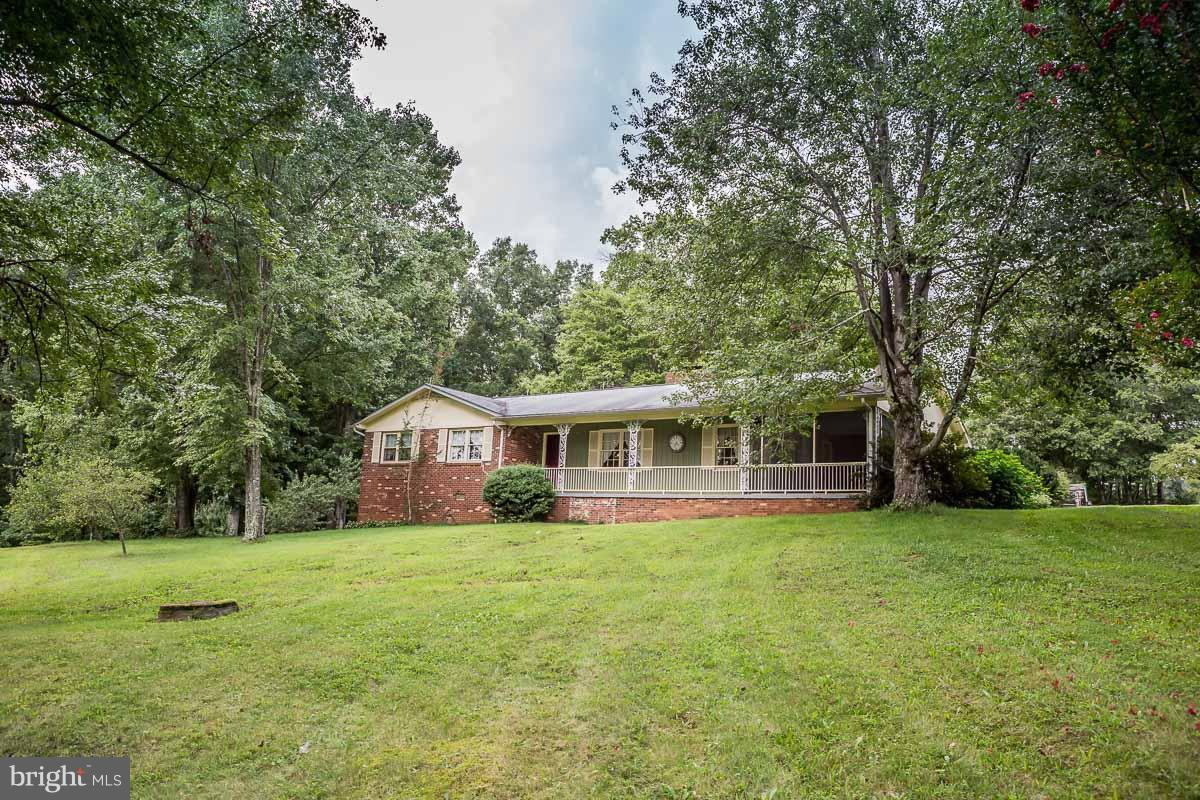 Single Family for Sale at 865 Tryme Rd Reva, Virginia 22735 United States