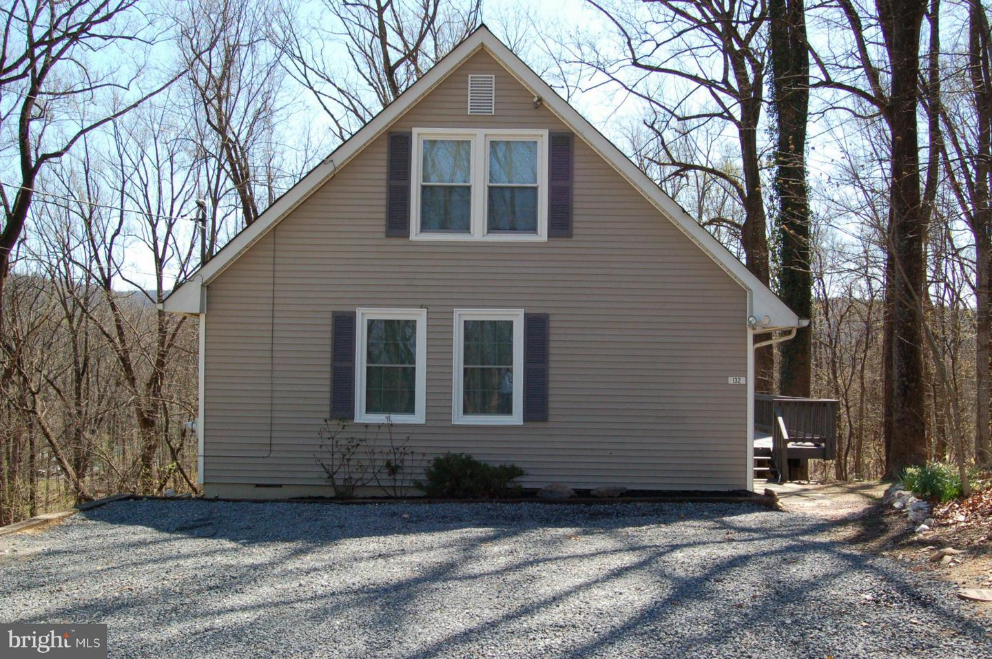 Other Residential for Rent at 132 Pine Crest Ln Bluemont, Virginia 20135 United States