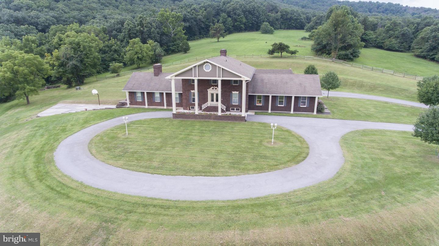 Single Family for Sale at 11375 Lafayette Rd Mercersburg, Pennsylvania 17236 United States