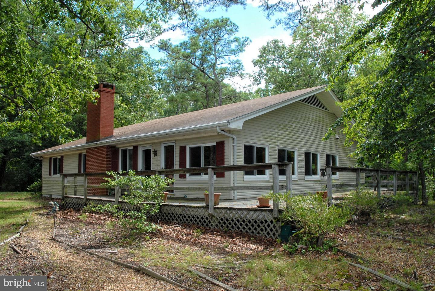 Single Family for Sale at 65 Spencer Ln Weems, Virginia 22576 United States