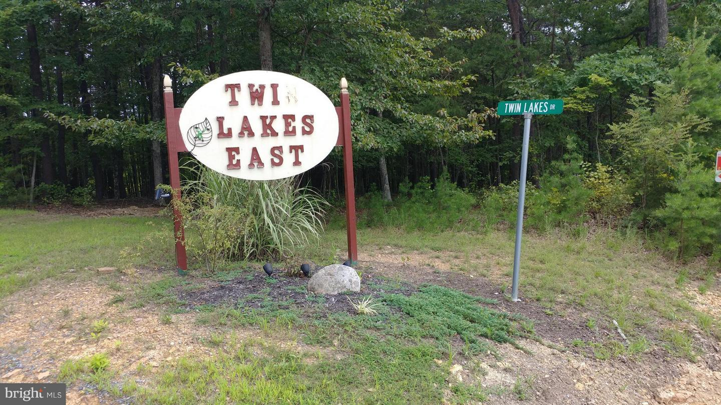 Land for Sale at Twin Lakes Drive Berkeley Springs, West Virginia 25411 United States