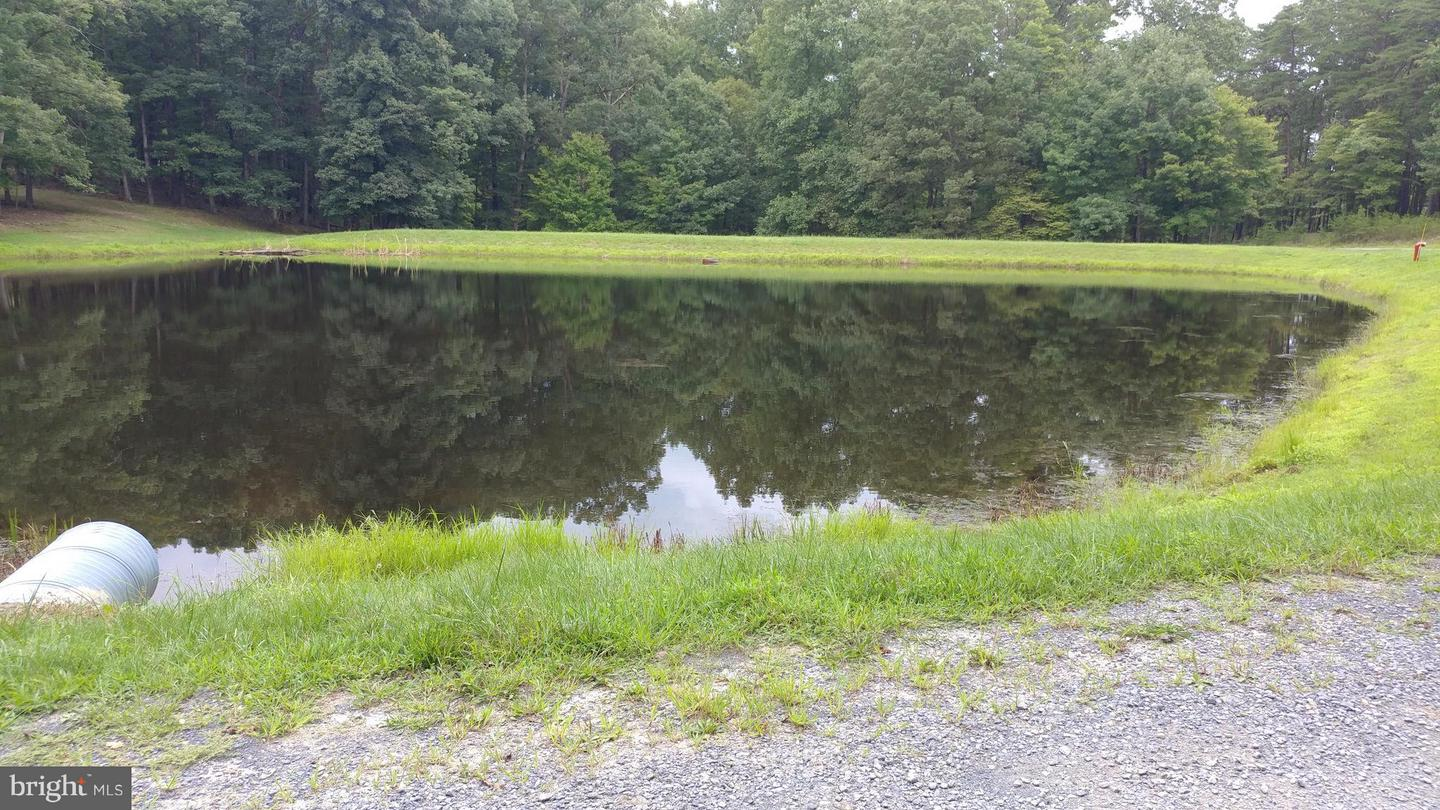 Additional photo for property listing at Twin Lakes Road Berkeley Springs, West Virginia 25411 United States