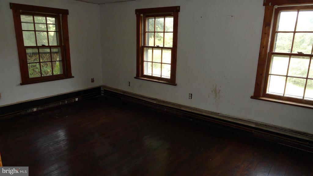Living Room - 12348 HARPERS FERRY RD, PURCELLVILLE