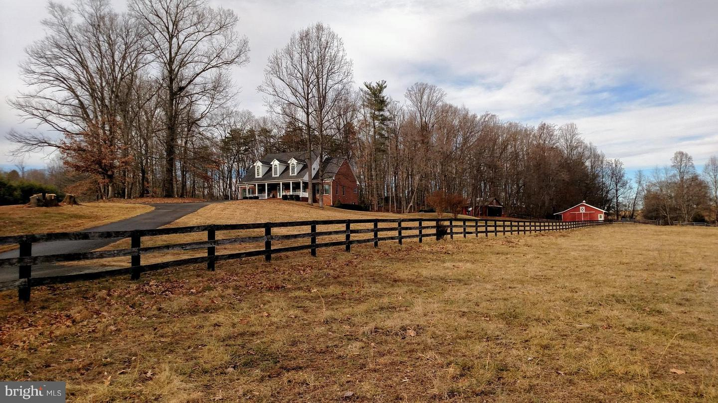 Farm for Sale at 165 Jacks Shop Rd Rochelle, Virginia 22738 United States