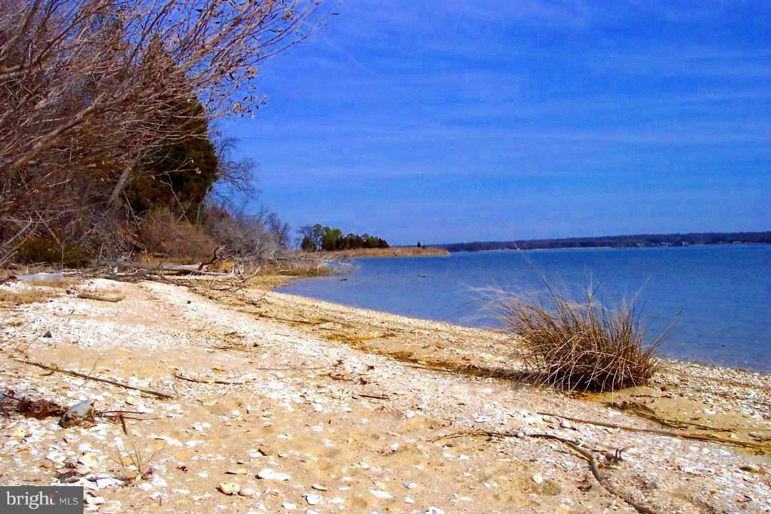 Land for Sale at Hatton Creek Rd Newburg, Maryland 20664 United States