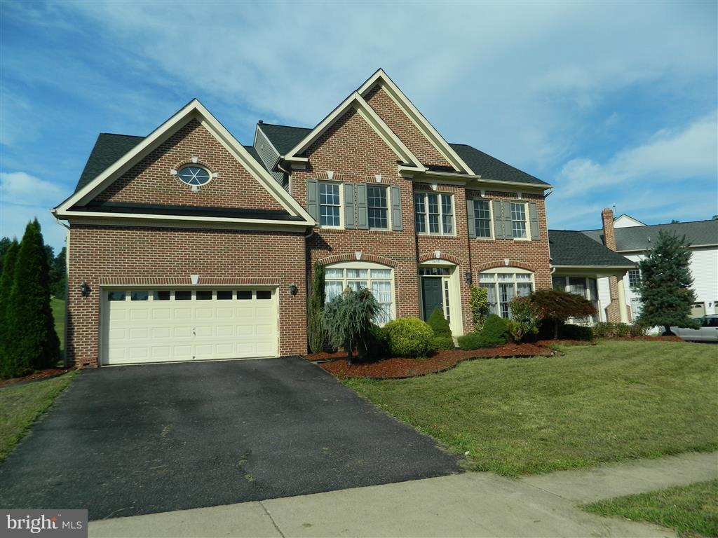 Single Family for Sale at 3655 Stonewall Manor Dr Triangle, Virginia 22172 United States