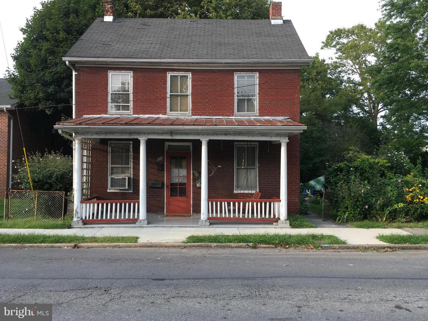 Single Family for Sale at 206 E Baltimore St Funkstown, Maryland 21734 United States
