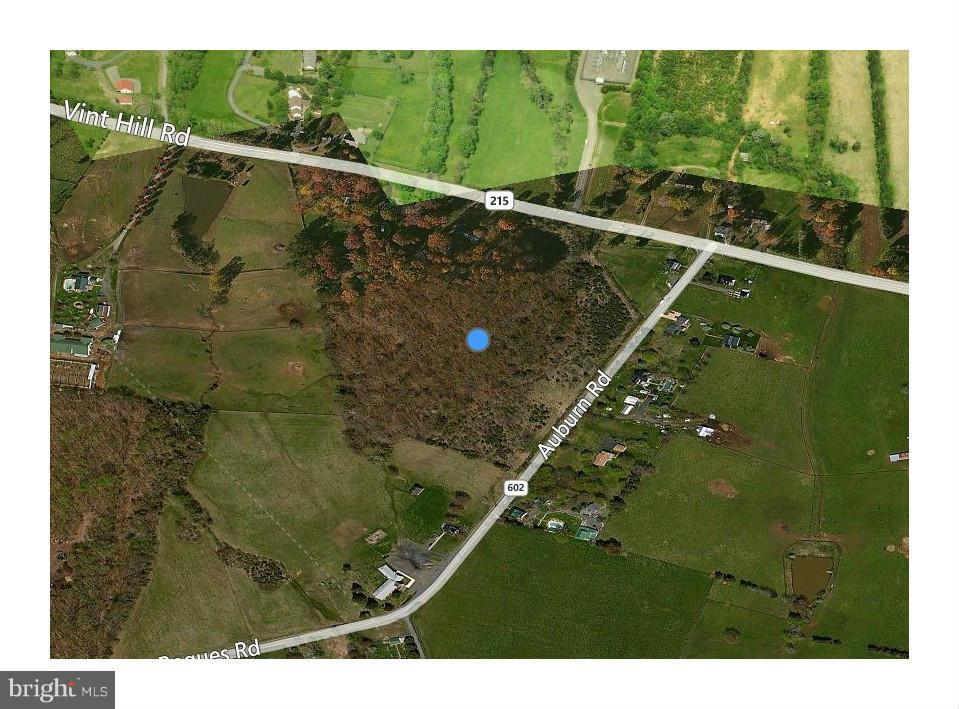 Photo of home for sale at 9514 Auburn Road, Nokesville VA