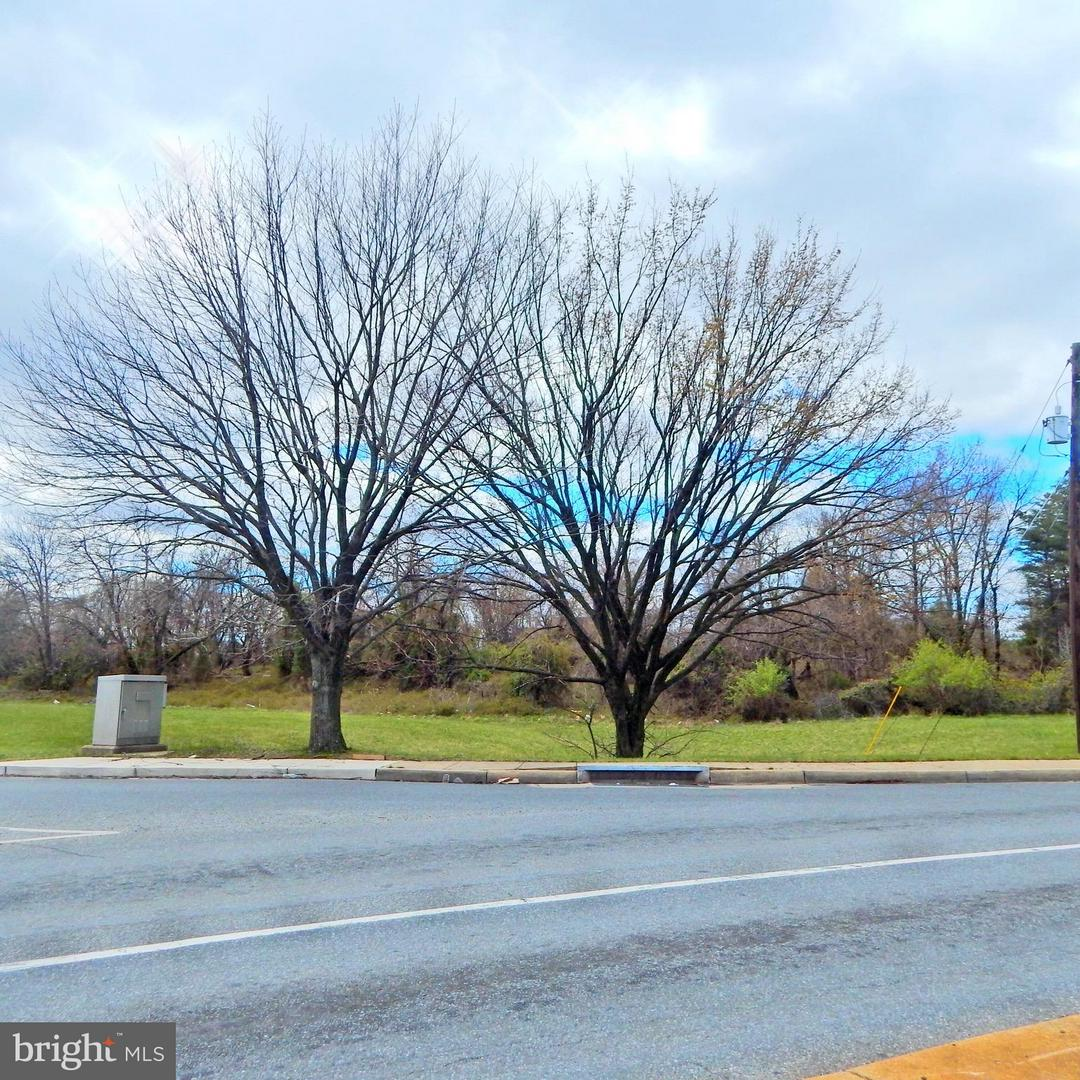 Photo of home for sale at 6101 Walker Mill Road, Capitol Heights MD