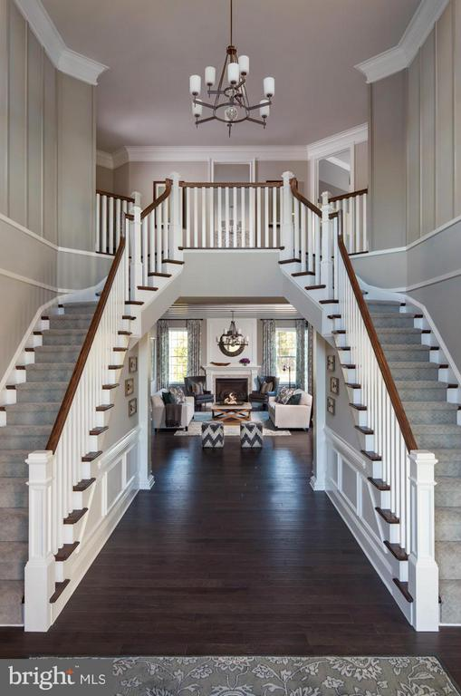 Hollister Two Story Foyer with Dual Staircase - 15530 CHILLMARK CT, HAYMARKET