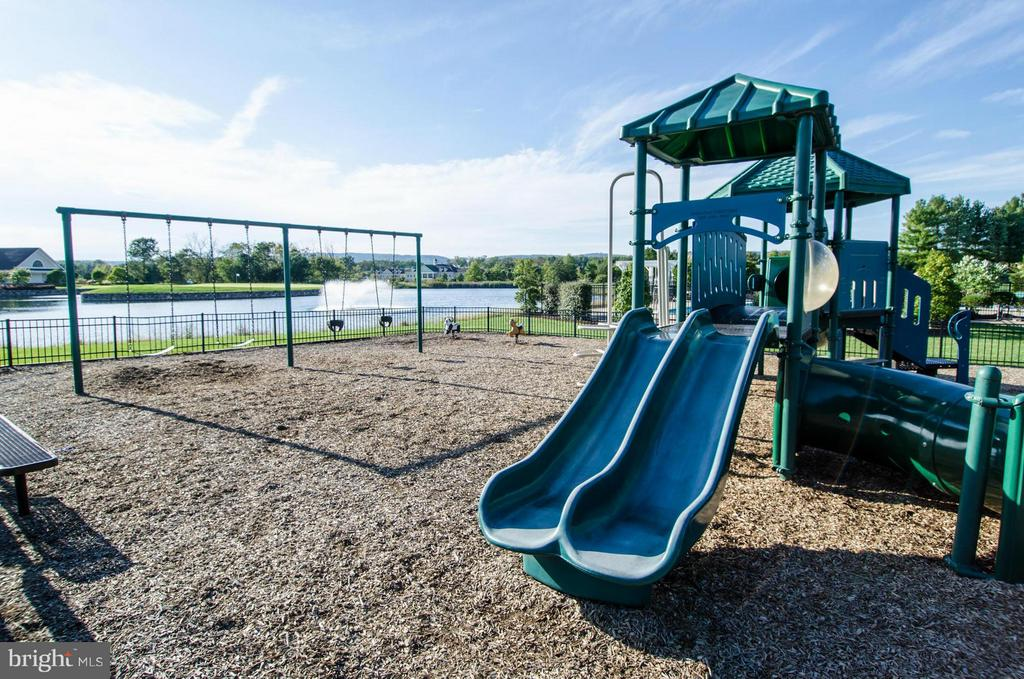 Community Playgrounds - 15530 CHILLMARK CT, HAYMARKET