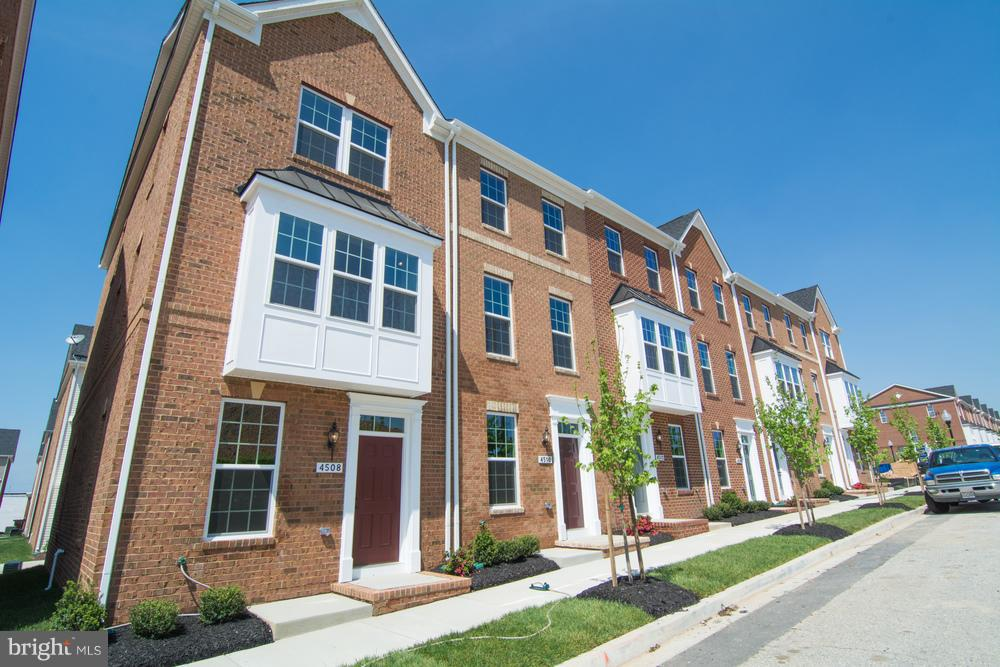 Photo of home for sale at 102 Oldham, Baltimore MD