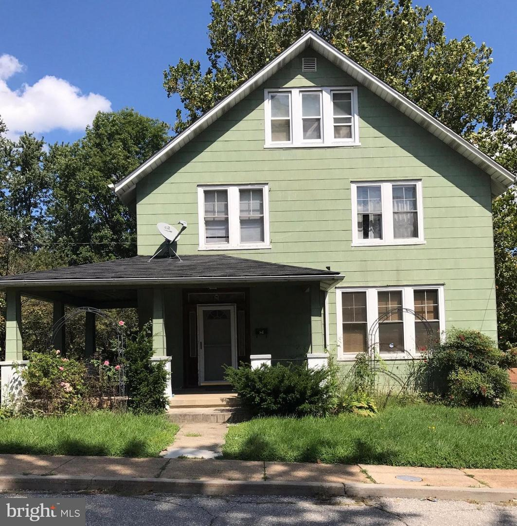 Photo of home for sale at 4416 Lasalle Avenue, Baltimore MD