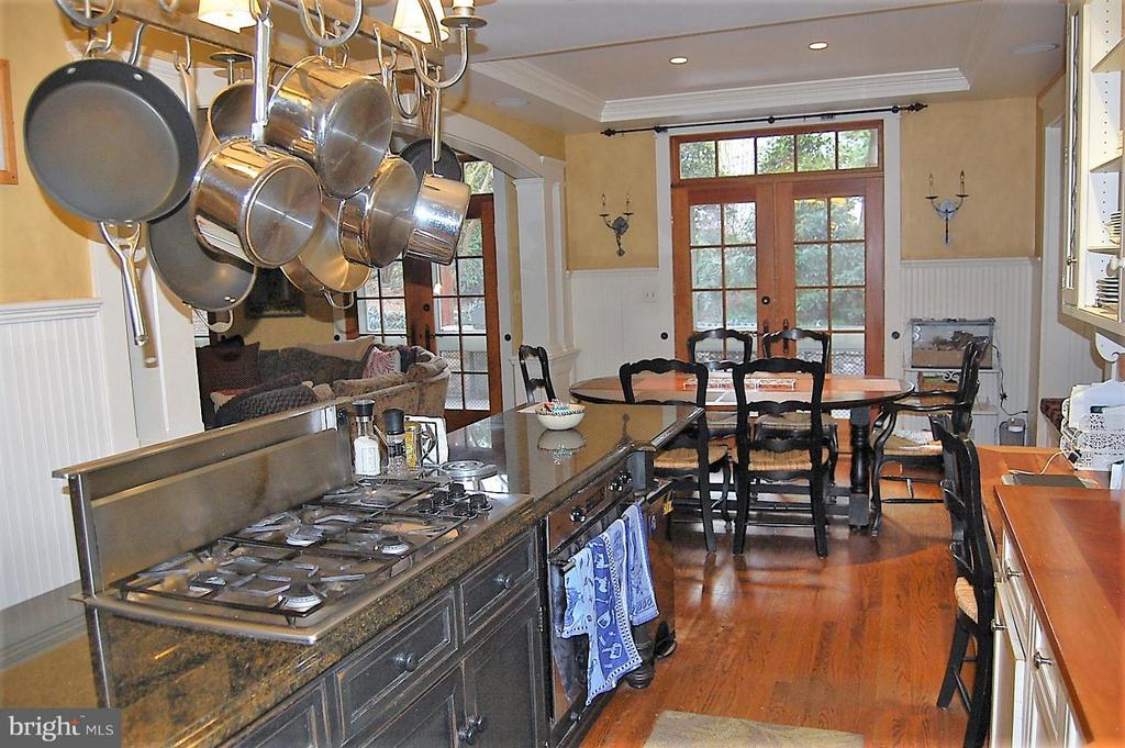 Expanded Kitchen - 5308 WRILEY RD, BETHESDA