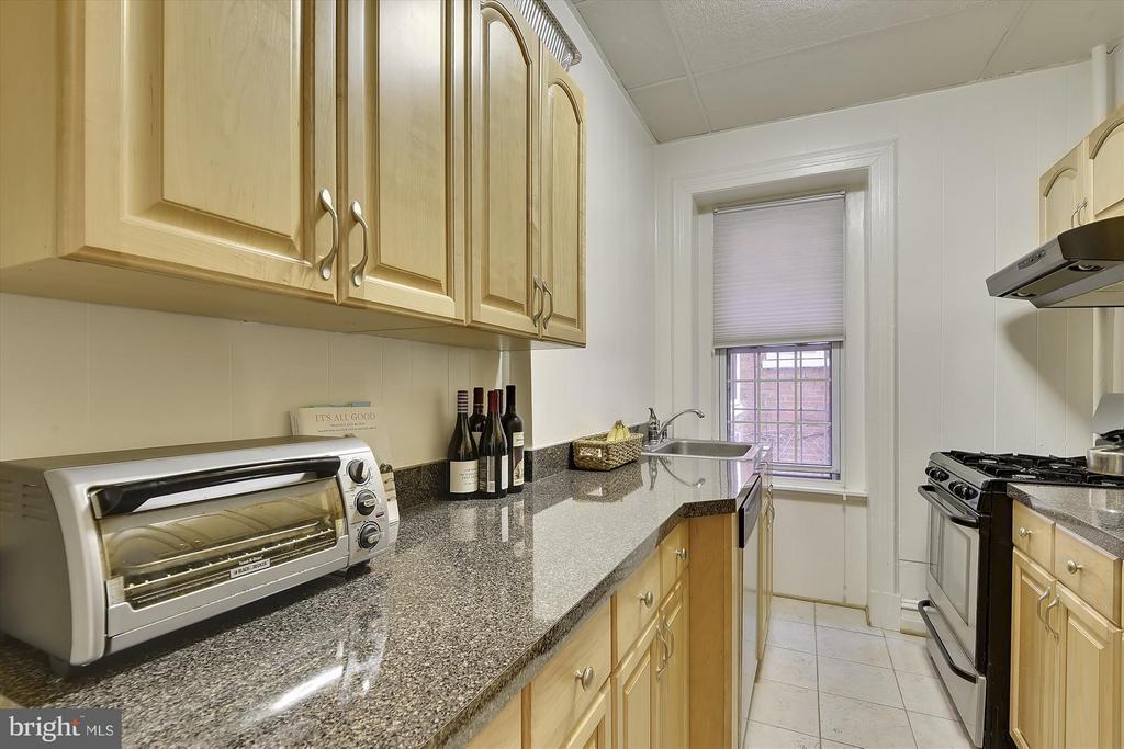 Kitchen - 1526 17TH ST NW #115, WASHINGTON
