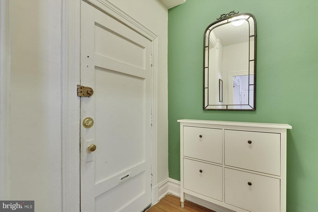 Unit Foyer - 1526 17TH ST NW #115, WASHINGTON