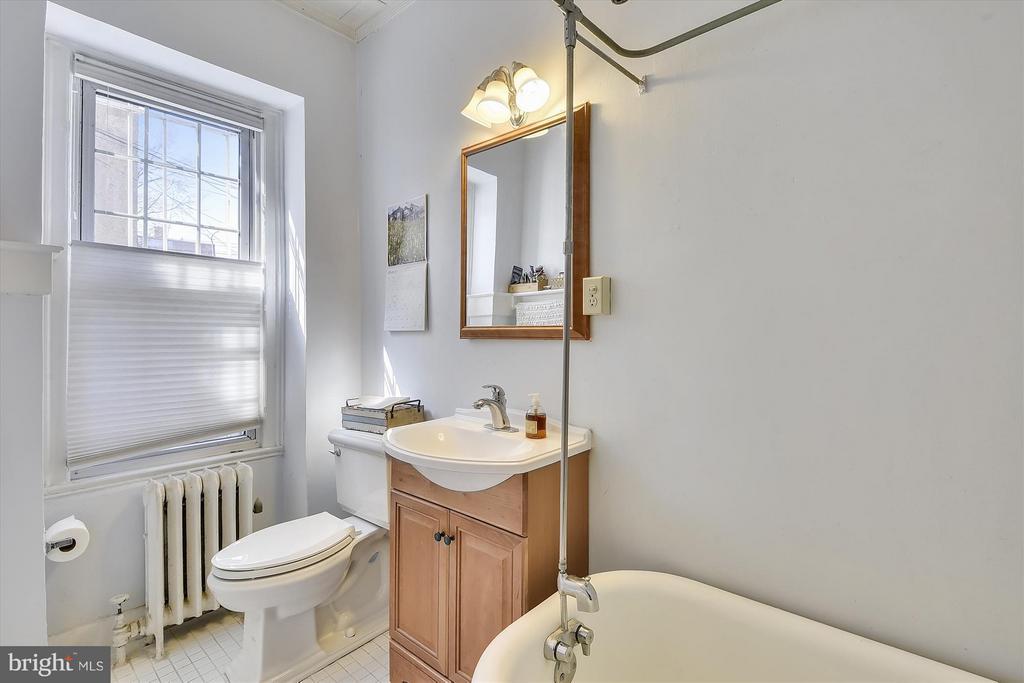 Bath (Master) - 1526 17TH ST NW #115, WASHINGTON