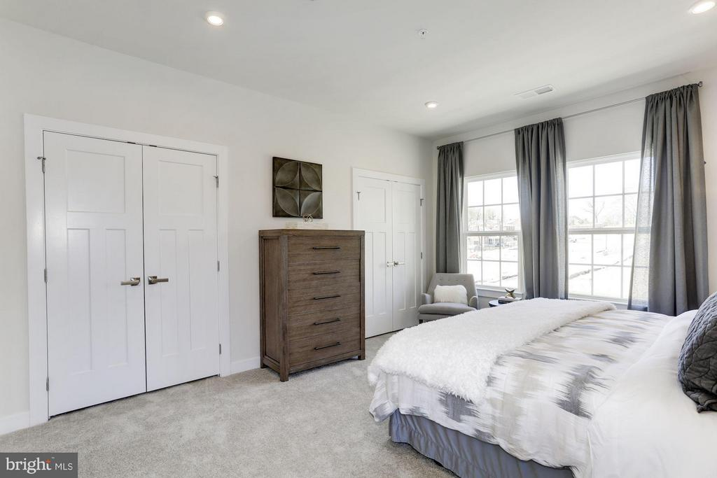 Bedroom (Master) - 4807 CREST VIEW DR #110E, HYATTSVILLE