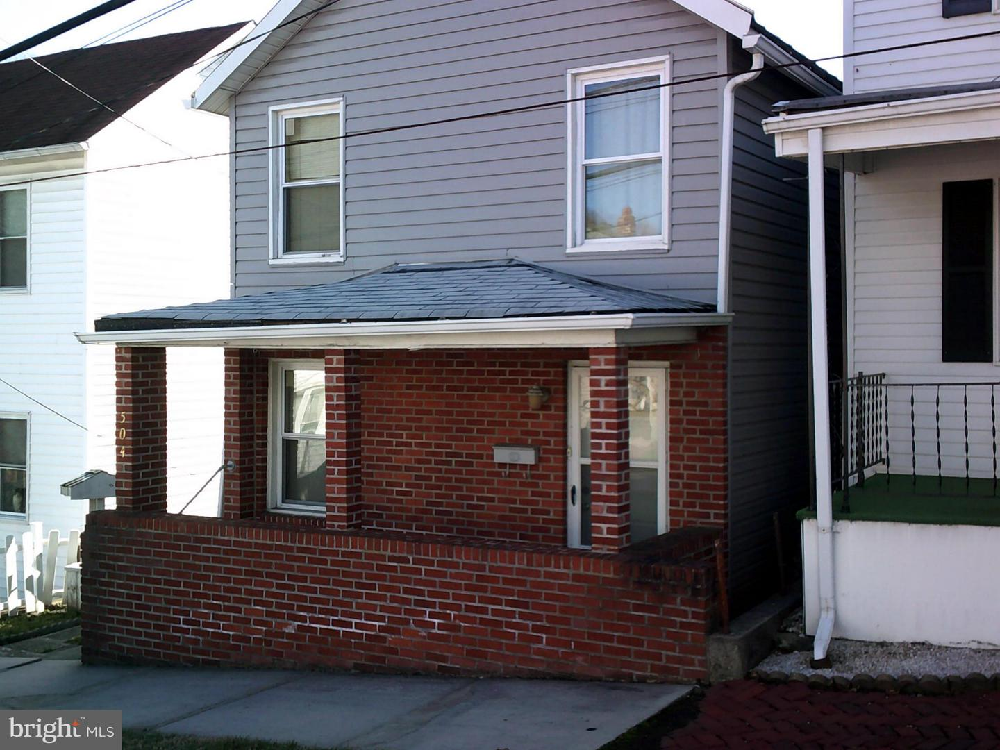 Single Family for Sale at 504 Linden St Cumberland, Maryland 21502 United States