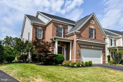 42397 MORELAND POINT CT