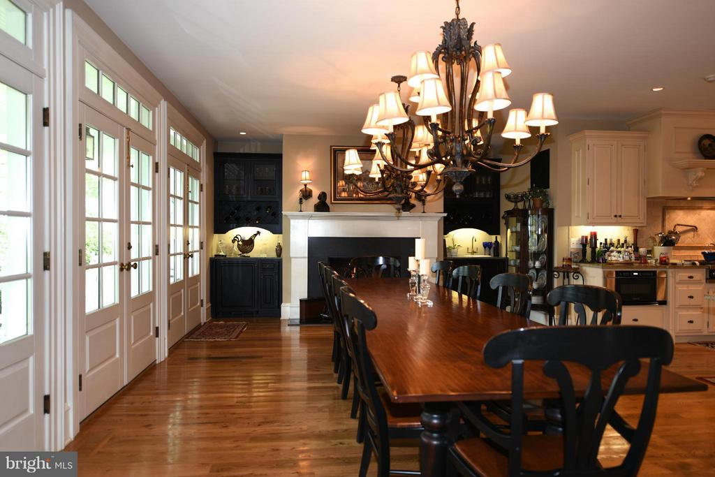 Dining Area - 96 LYLE LN, AMISSVILLE