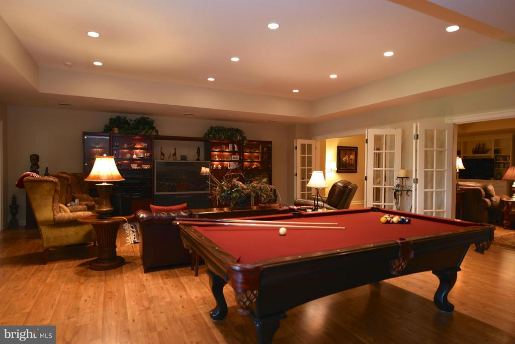 Lower Level Pool Room - 96 LYLE LN, AMISSVILLE