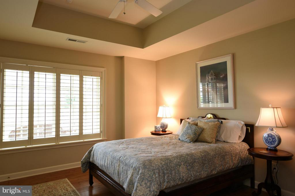 Lower Level Bedroom 5 - 96 LYLE LN, AMISSVILLE