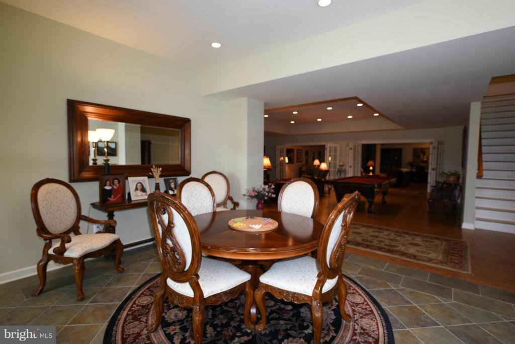 Lower Level Game Room - 96 LYLE LN, AMISSVILLE