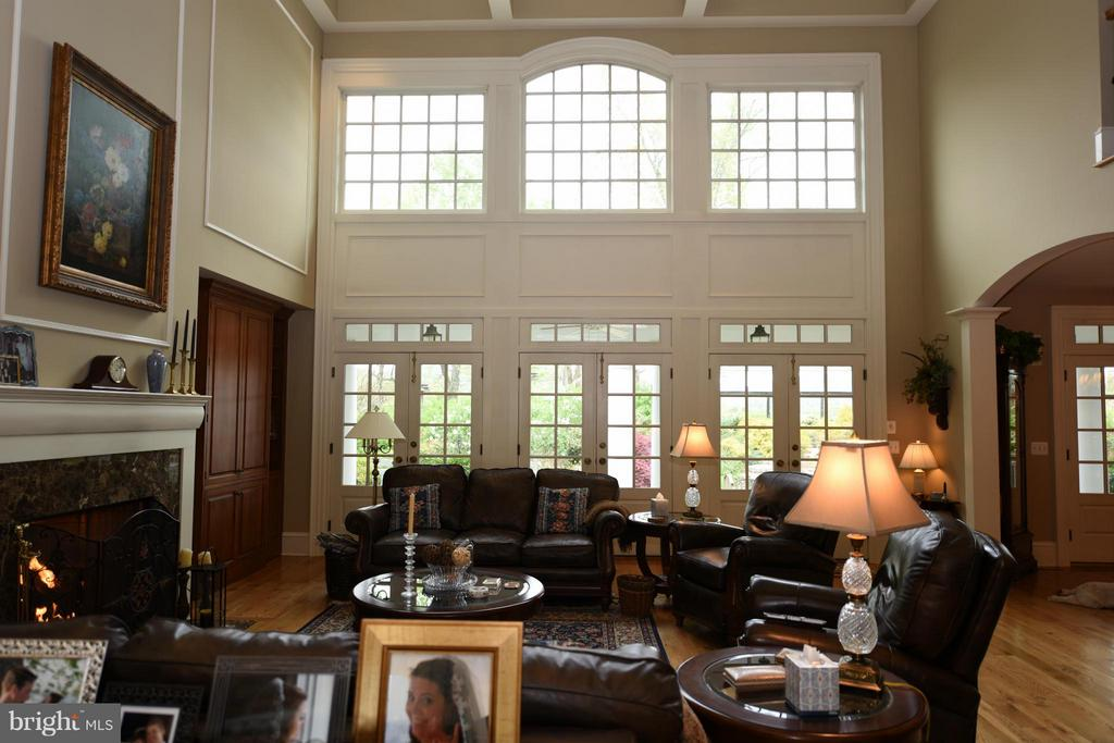 Living Room - 96 LYLE LN, AMISSVILLE