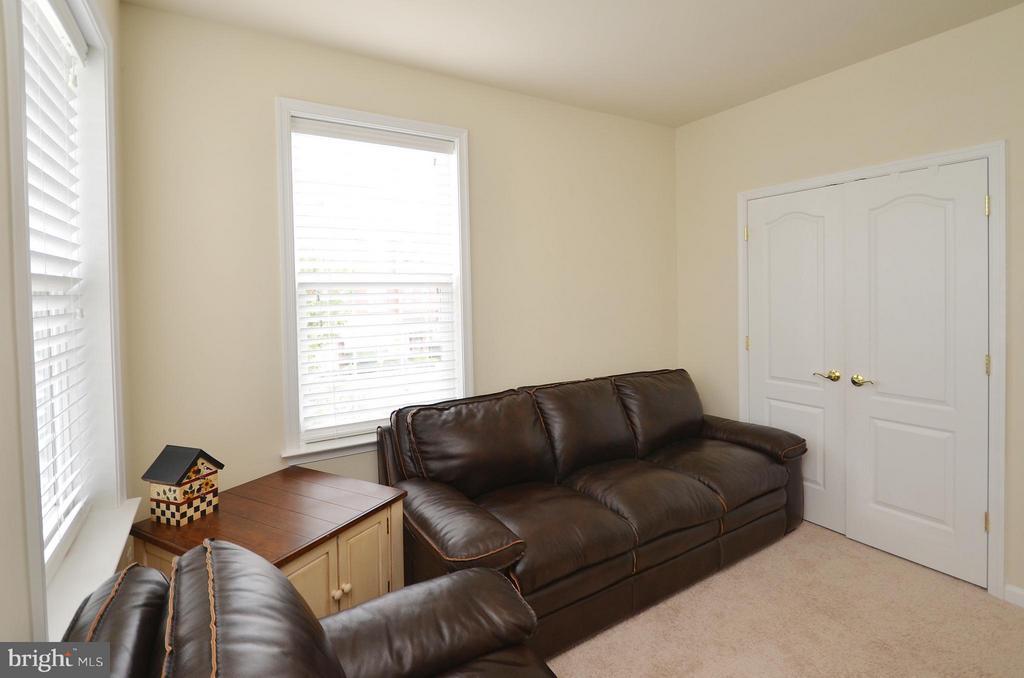 Bedroom 3 - 42603 HIGHGATE TER, ASHBURN