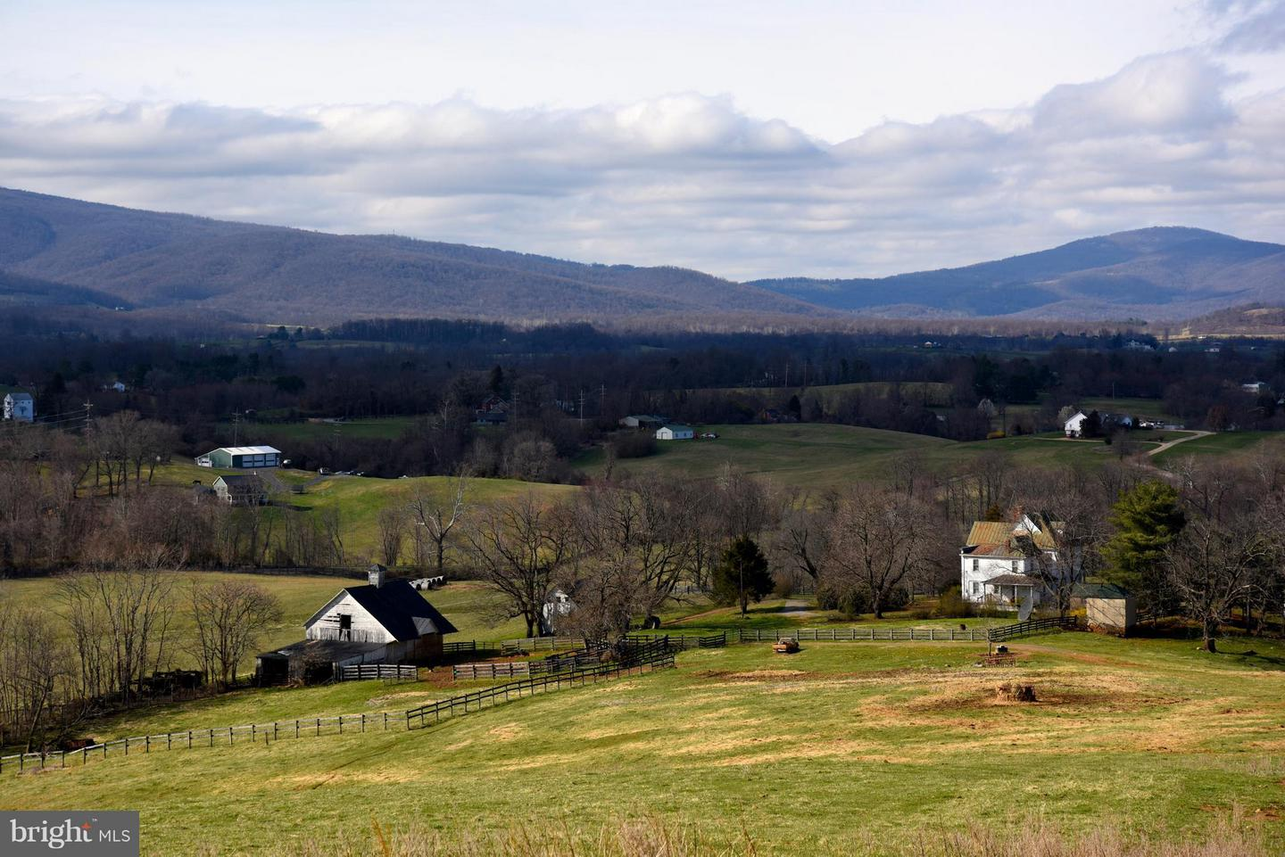 Land for Sale at Flint Hill, Virginia 22627 United States