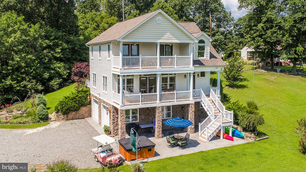 Single Family for Sale at 1383 South Hill Banks Dr Center Cross, Virginia 22437 United States
