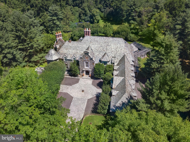 Частный односемейный дом для того Продажа на 1520 MONK Road Gladwyne, Пенсильвания 19035 Соединенные Штаты