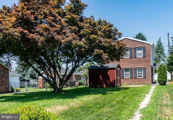 Single Family for Sale at 631 South St Mc Sherrystown, Pennsylvania 17344 United States