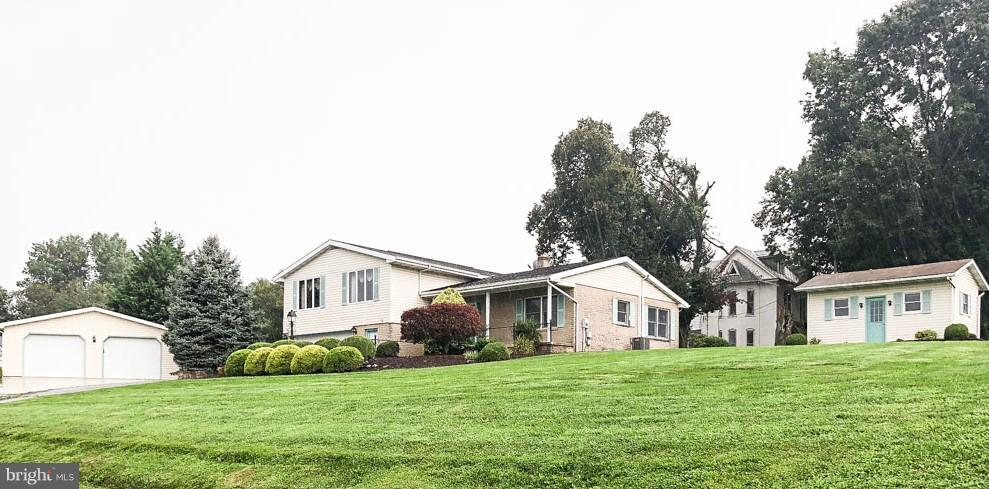 Single Family Homes for Rent at Waynesboro, Pennsylvania 17268 United States