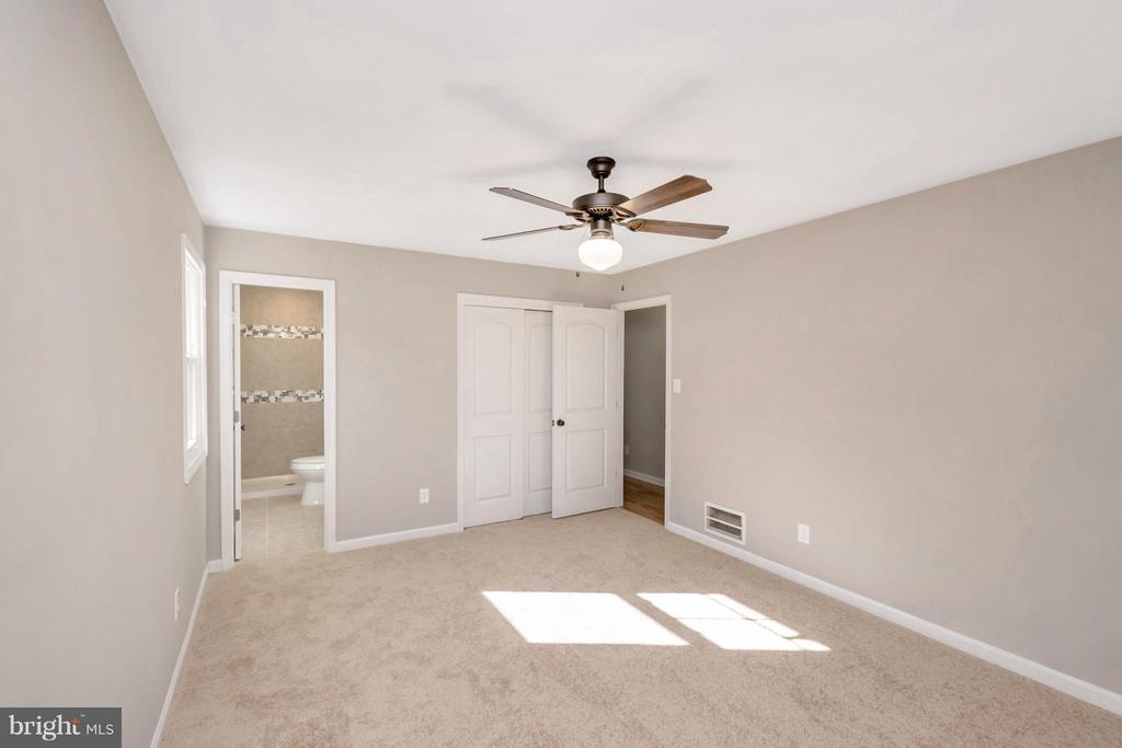 Bedroom (Master) - 12262 PAIGE RD, WOODFORD