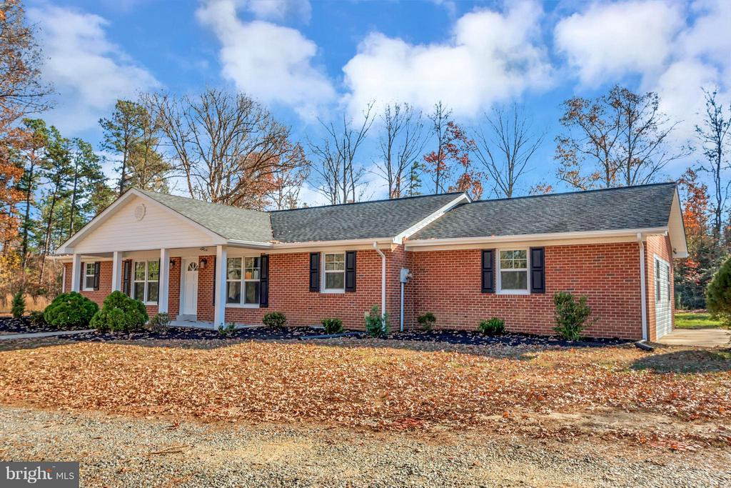 Front Side View - 12262 PAIGE RD, WOODFORD