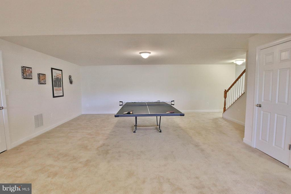 Bring your pool table! - 36766 WATERFRONT LN, PURCELLVILLE