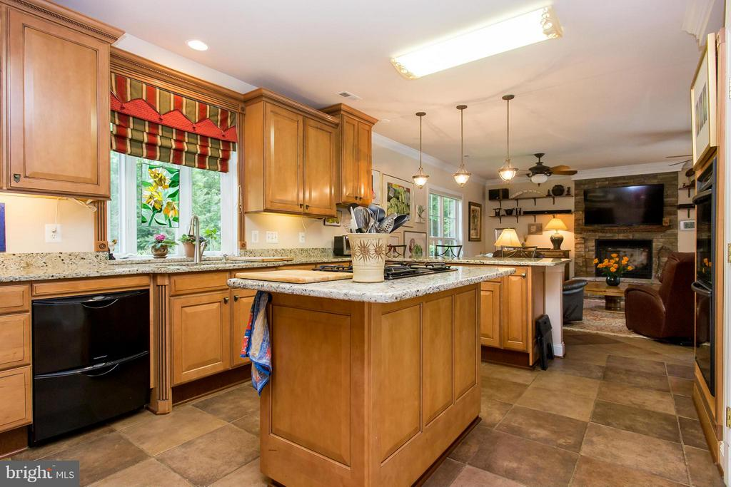 Kitchen - 11416 BLUFFS RDG, SPOTSYLVANIA