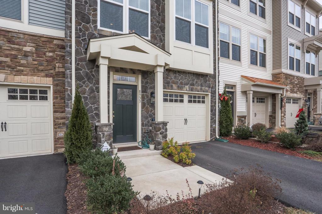 Gorgeous Stone Front with Awning - 8933 GARRETT WAY, MANASSAS