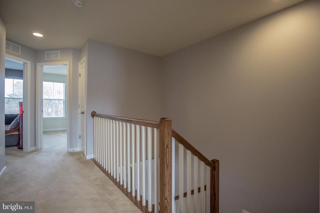 Upper Hallway - 8933 GARRETT WAY, MANASSAS