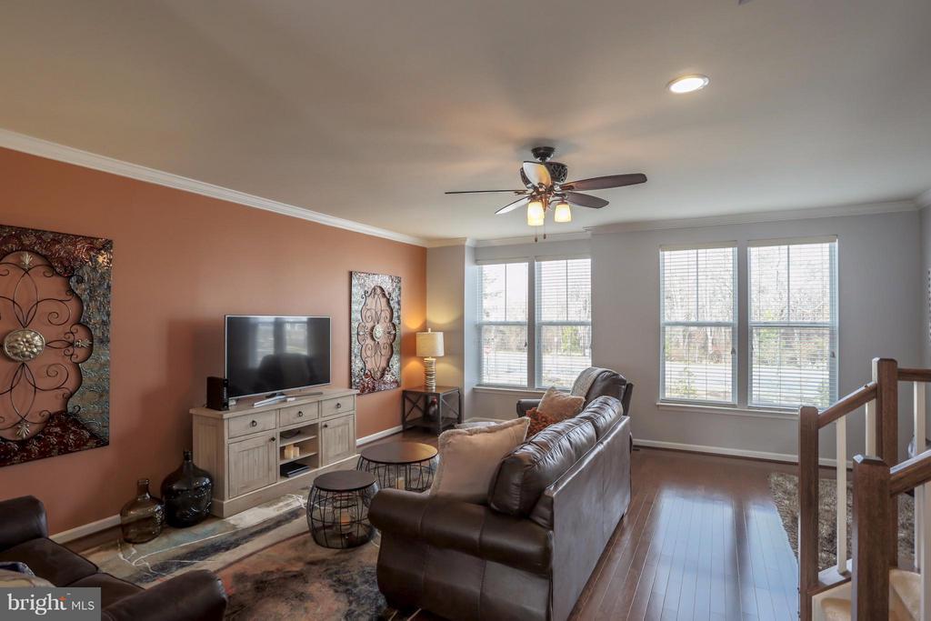 Living Room - 8933 GARRETT WAY, MANASSAS