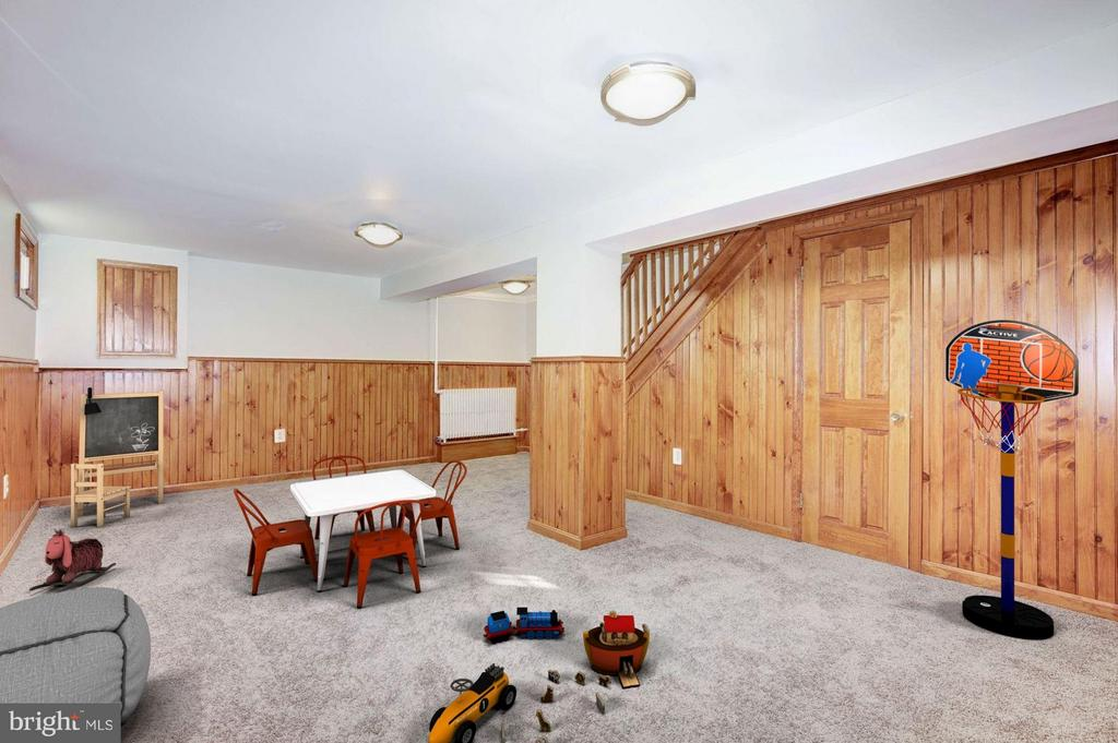 Finished Recreation Room (1 of 2) - 4453 SOUTH DAKOTA AVE NE, WASHINGTON