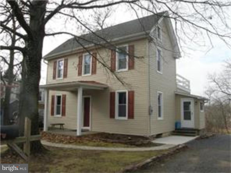 独户住宅 为 销售 在 722 HILLTOWN PIKE Line Lexington, 宾夕法尼亚州 18932 美国