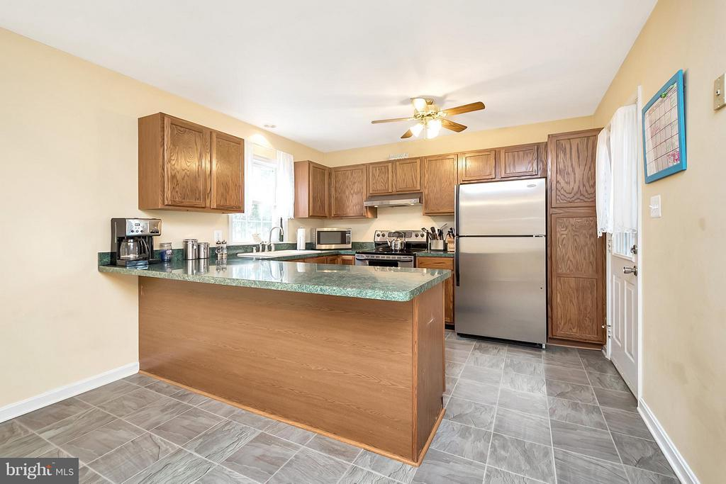 stainless steel appliances - 2702 STRATFORD ST, COLONIAL BEACH