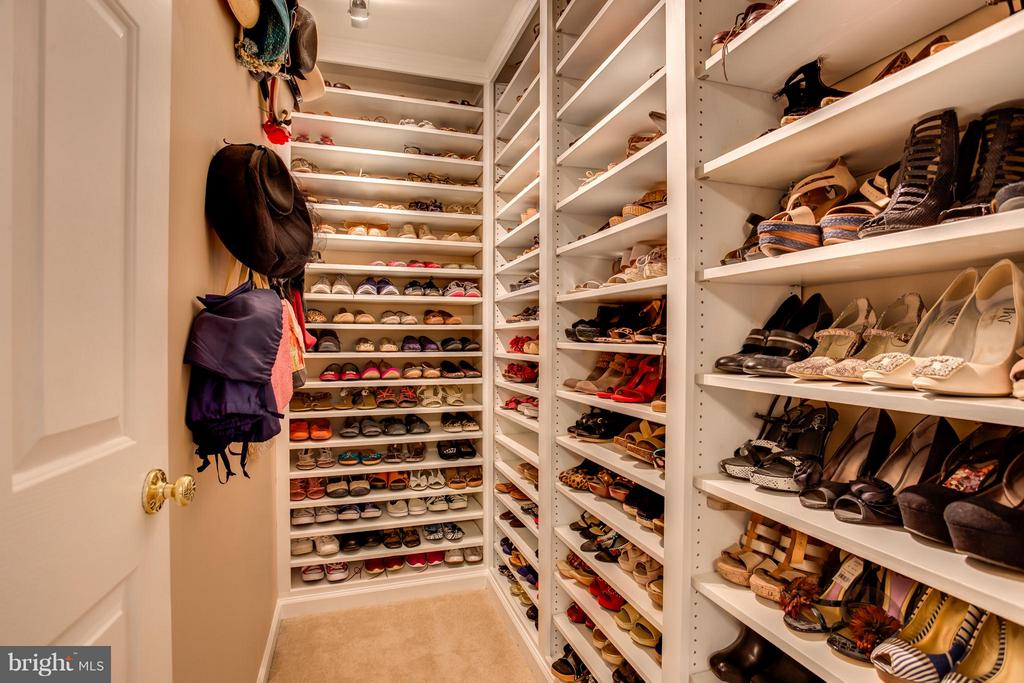 BR2 Walk-in Closet is now Shoe Closet for Master - 9160 STONEGARDEN DR, LORTON