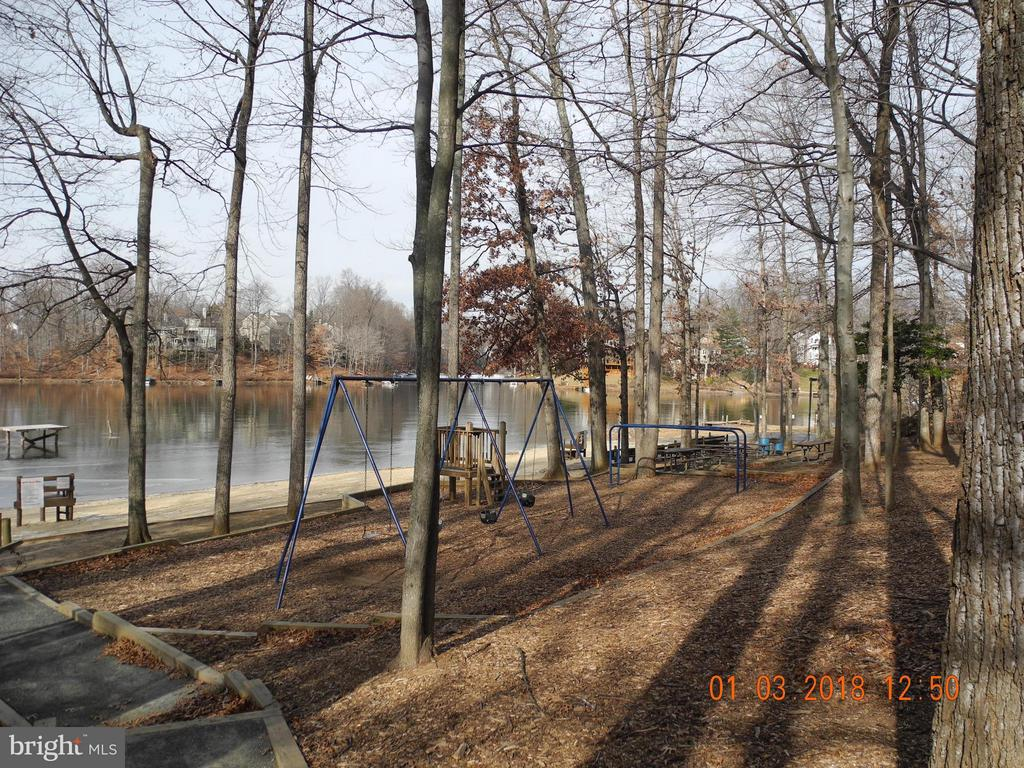 Community playground - 15907 MONCURE DR, DUMFRIES