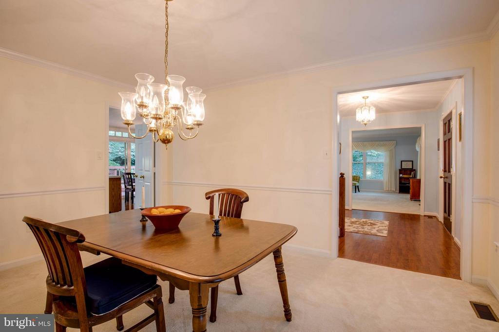 Nice sized Dining Room - 15907 MONCURE DR, DUMFRIES