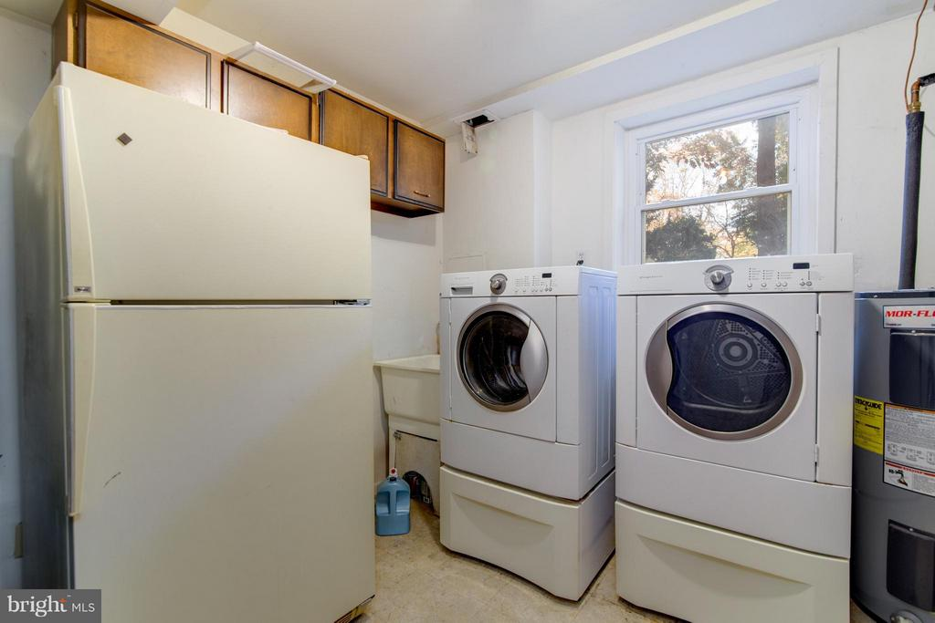 Laundry/Utility Room with Extra Refrigerator - 4708 EXETER ST, ANNANDALE